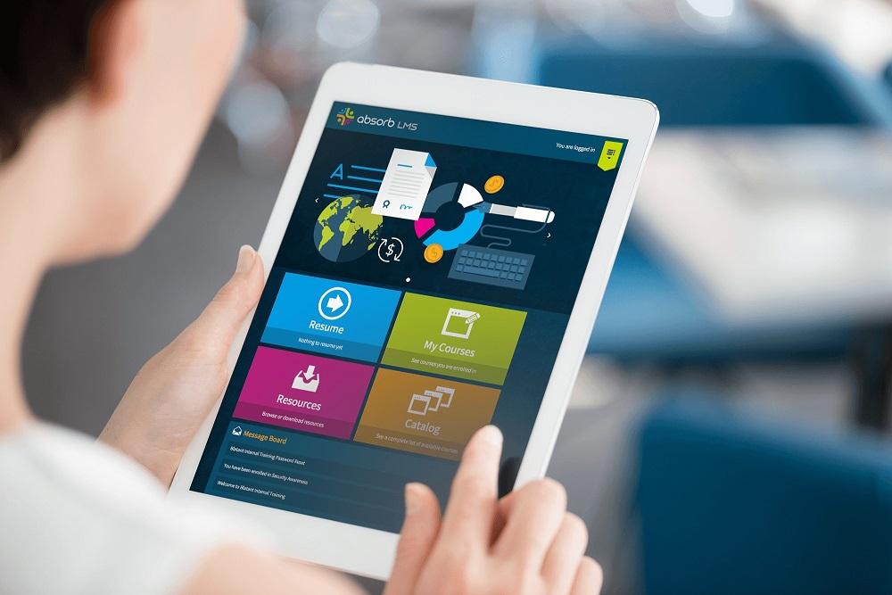 Mobile Learning: Apps vs. Responsive Design